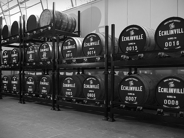Irish Whiskey Magazine - Echlinville Distillery and The Palace Bar release 20 year old whiskey b